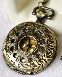 Steampunk Quartz Pocket Watch (with Padded Box)